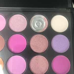 Morphe Makeup - 🎨MORPHE eyeshadow palettes with new brush sets🎨